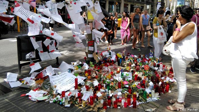 Cvijeće i svijeće u Barceloni