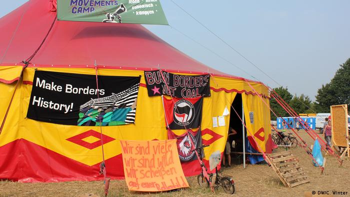 Climate camp(DW/C. Winter)