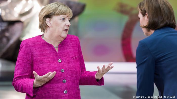 ZDF-Sommerinterview mit Merkel (picture-alliance/dpa/J. Roehr/ZDF)