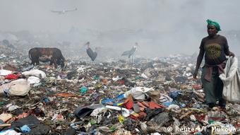2. Bildergalerie Kenia Mülldeponie bei Nairobi (Reuters/T. Mukoya)