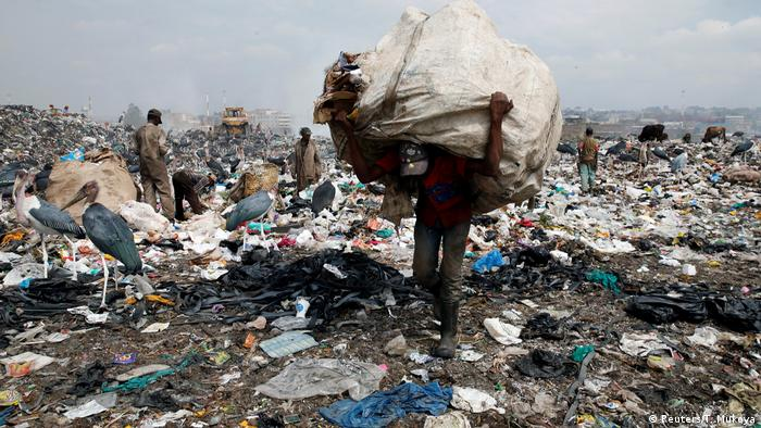 3. Bildergalerie Kenia Mülldeponie bei Nairobi (Reuters/T. Mukoya)
