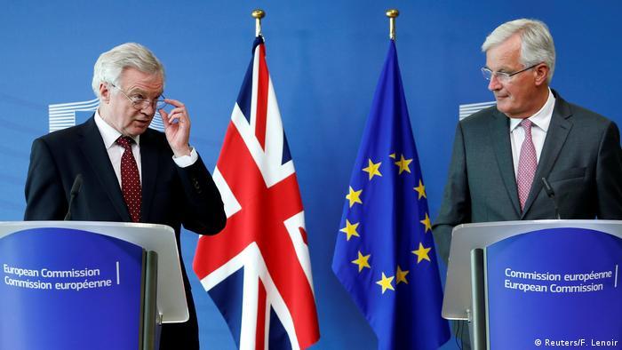 ritain's Secretary of State for Exiting the European Union David Davis (L) and European Union's chief Brexit negotiator Michel Barnier talk to the media,