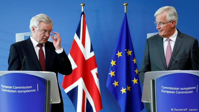 David Davis and Michel Barnier give a join press conference on Brexit negotiations in Brussels in August 2017 (Reuters/F. Lenoir)