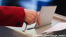 Deutschland Symbolbild Wahlen Stimmabgabe Wahlbeteiligung
