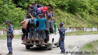 Rohingya Flüchtlinge flüchten nach Bangladesch