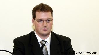 BG Deutsche Serienmörder | Stephan Letter