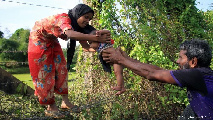 Al menos 87.000 miembros de la comunidad rohinyá han llegado a Bangladesh en los últimos diez días huyendo de la violencia en el noroeste de Birmania (Myanmar), informó hoy una fuente de la ONU. (4.09.2017).