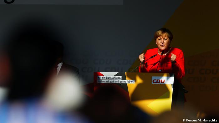 Deutschland Wahlkampf CDU Kanzlerin Merkel in Bitterfeld-Wolfen