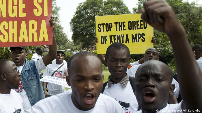 Kenyans protesting against MPs' high wages (Getty Images/AFP/T. Karumba)