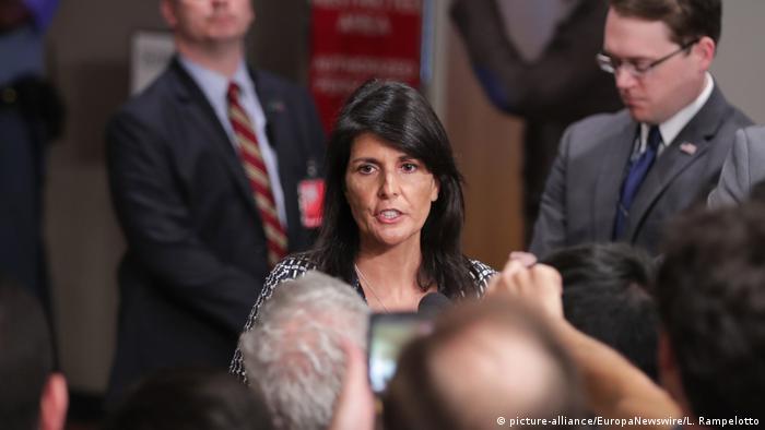 UN-Sicherheitsrat- US-Botschafterin Nikki Haley (picture-alliance/EuropaNewswire/L. Rampelotto)