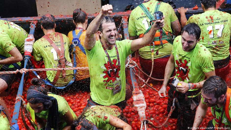 Spanien Tomatenschlacht Tomatina in Bunol (picture-alliance/AP Photo/A. Saiz)
