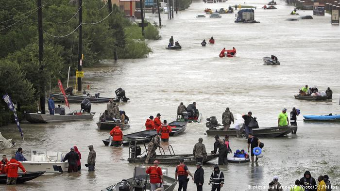 Harvey Texas Tidwell Road Houston (picture-alliance/AP Photo/D.J.Philips)