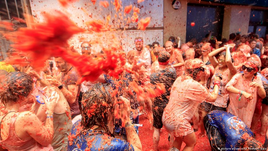 Spanien | Tomatenschlacht in Bunol (picture-alliance/AP Photo/A. Saiz)