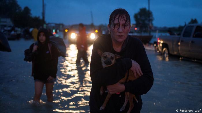 Шторм у США - ураган Харві - Х'юстон, евакуація