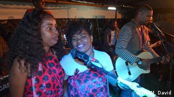 Mosambik | Band Massukos
