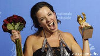 Berlinale 2009: Verleihung der Bären Regisseurin Claudia Llosa
