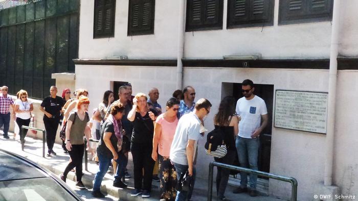 4b464b960a99 Tourists visit Ataturk s birthplace in Thessaloniki (DW F. Schmitz)