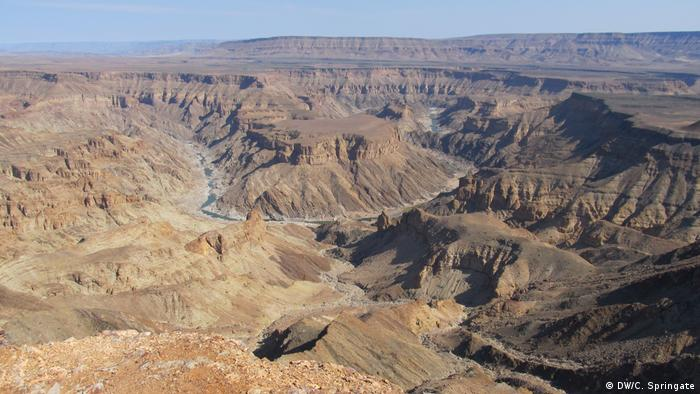 Fish River Canyon in Namibia (DW/C. Springate)