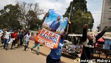 Supporters of an opposition leader Raila Odinga celebrate in Kibera slum after President Uhuru Kenyatta's election win was declared invalid by a court in Nairobi, Kenya, September 1, 2017. REUTERS/Thomas Mukoya