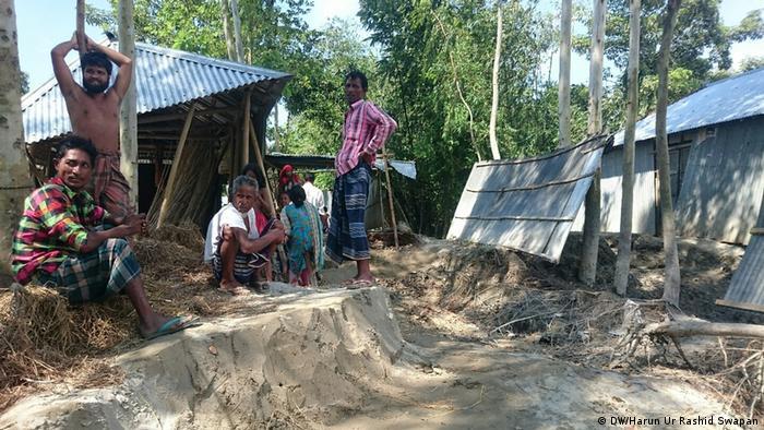 Bangladesch Überschwemmungen im Dorf Kurigram (DW/Harun Ur Rashid Swapan)