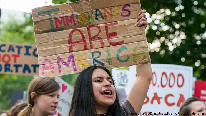 Акция протеста против миграционной политики Трампа, фото из архива