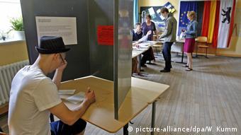 Το 32% των Ελλήνων της Βαυαρίας αυτοπροσδιορίζεται πολιτικά στο χώρο του κέντρου