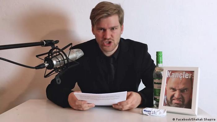 DIE PARTEI satirist Shahak Shapira announces the hack