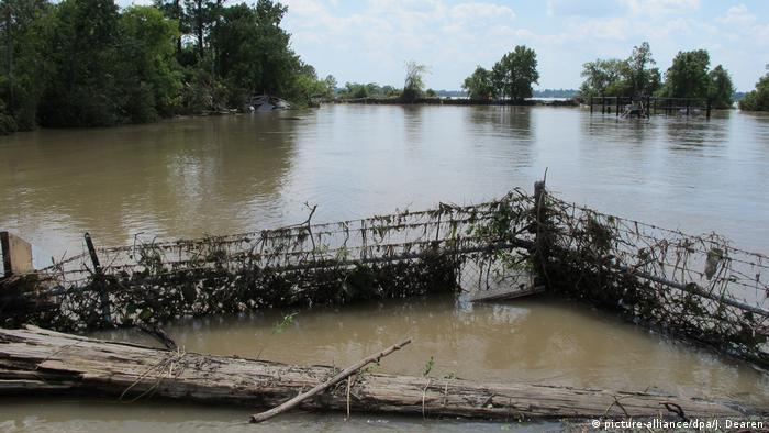 Texas Harvey Überflutete Industriebrachen Superfund Highlands Acid Pit (picture-alliance/dpa/J. Dearen)