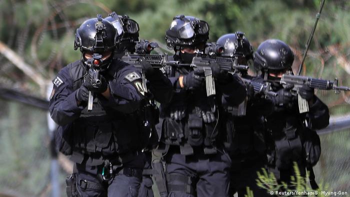 Südkorea Spezialkräfte beim Training in Seoul (Reuters/Yonhap/S. Myung-Gon)