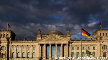 Deutschland - Reichstagsgebäude Berlin