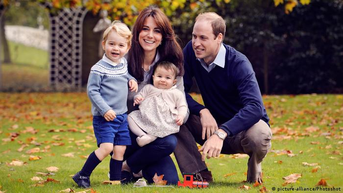 England Royals Prinz George mit Familie (picture-alliance/Photoshot)