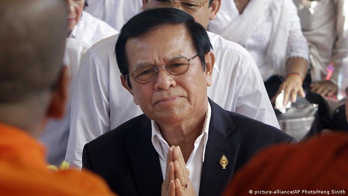 Cambodian politician Kem Sokha (picture-alliance/AP Photo/Heng Sinith)
