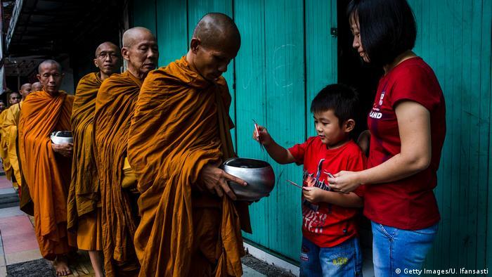 Indonesien Buddhismus (Getty Images/U. Ifansasti)