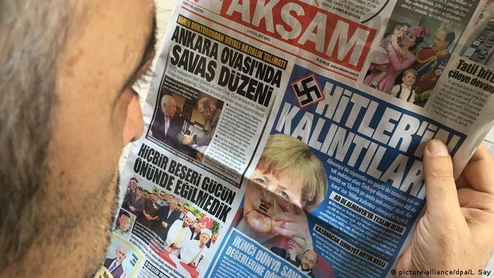 Türkische Zeitung titelt mit Nazivorwürfen (picture-alliance/dpa/L. Say)