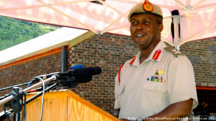 Lesotho army chief Khoantle Motsomotso (Flickr/US Army Africa/Medical Readiness Excercise 14-1)
