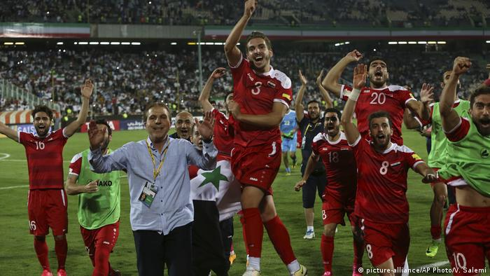 Iran | Fußball | WM-Qualifikation Iran - Syrien (picture-alliance/AP Photo/V. Salemi)