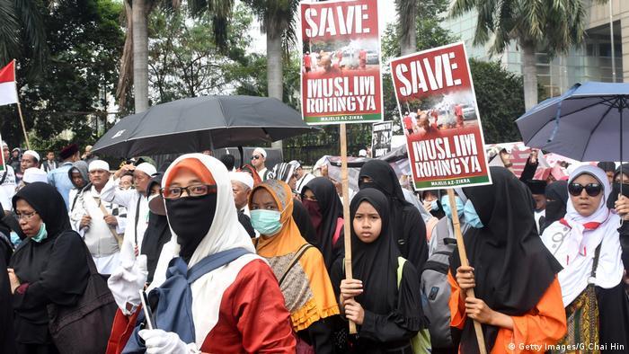 Jakarta Protest Muslime gegen die Verfolgung von Rohingya
