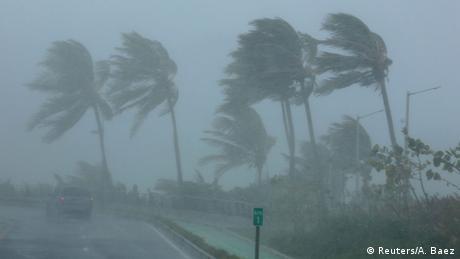 Ο τυφώνας Ίρμα απειλεί τη Φλόριντα