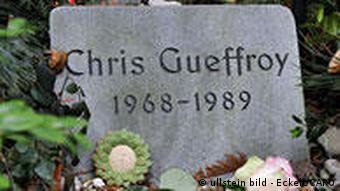Das Grab des letzten Mauer-Opfers (Foto: Ullstein)