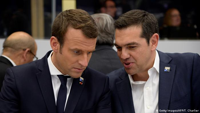 Emmanuel Macron und Alexis Tsipras in Brüssel (25.05.2017) (Getty Images/AFP/T. Charlier)