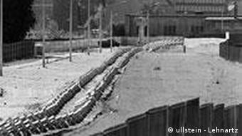 Ehemaliger Grenzverlauf in Berlin (Foto: Ullstein/Lehnartz)