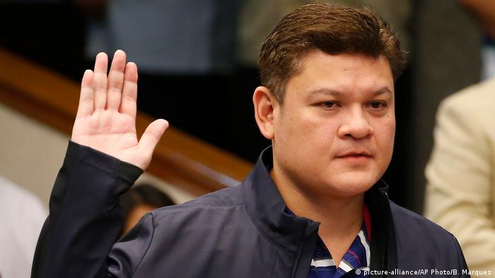Philippinen Paolo Duterte Anhörung im Senat (picture-alliance/AP Photo/B. Marquez)