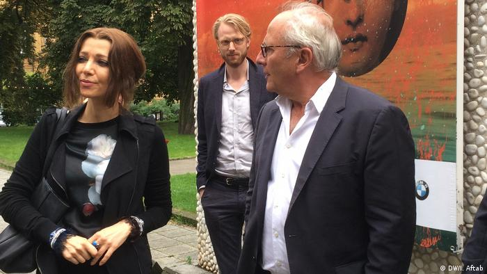 Elif Safak and Ulrich Schreiber at the Berlin International Literature Festival (DW/I. Aftab)