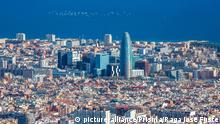 Spanien Barcelona City Panorama from Tibidabo Mountain