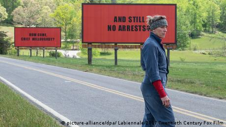 74. Filmfestival Venedig - Film Three Billboards outside Ebbing, ... (picture-alliance/dpa/ Labiennale/2017 Twentieth Century Fox Film)