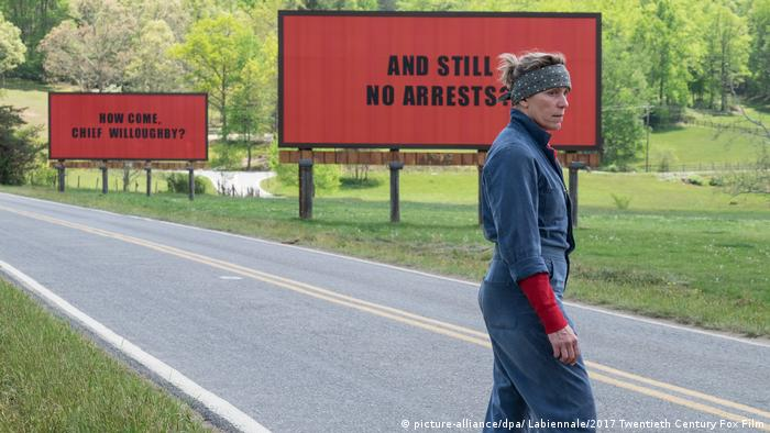 Film still Three Billboards outside Ebbing, Missouri (picture-alliance/dpa/ Labiennale/2017 Twentieth Century Fox Film)