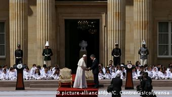 Papstbesuch in Kolumbien (picture-alliance/dpa/C. Contreras/colprensa)