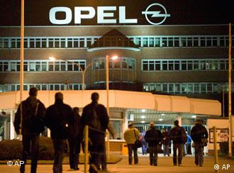 Workers entering the Opel factory in Bochum, Germany