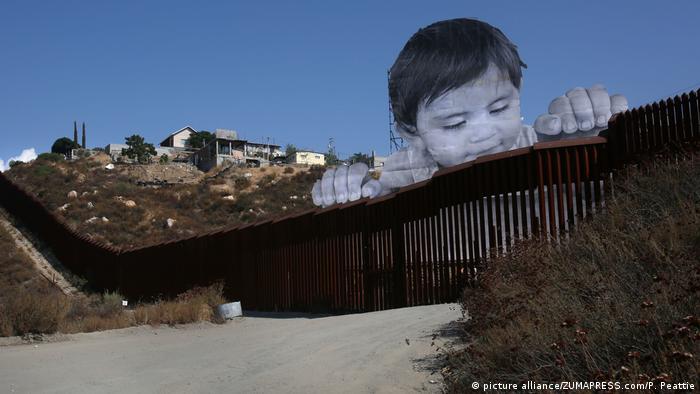 USA Mexiko Grenze - Graffiti Kikito (picture alliance/ZUMAPRESS.com/P. Peattie)