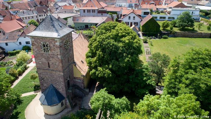 A view from above of Herxheim Jakobskirche (Getty Images/T. Lohne)